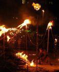 Mis à feu :: Au kerstboom verbranding de Linkeroever, on a une fois de plus brûlé les arbres de Noël, l'année peut démarrer normalement.